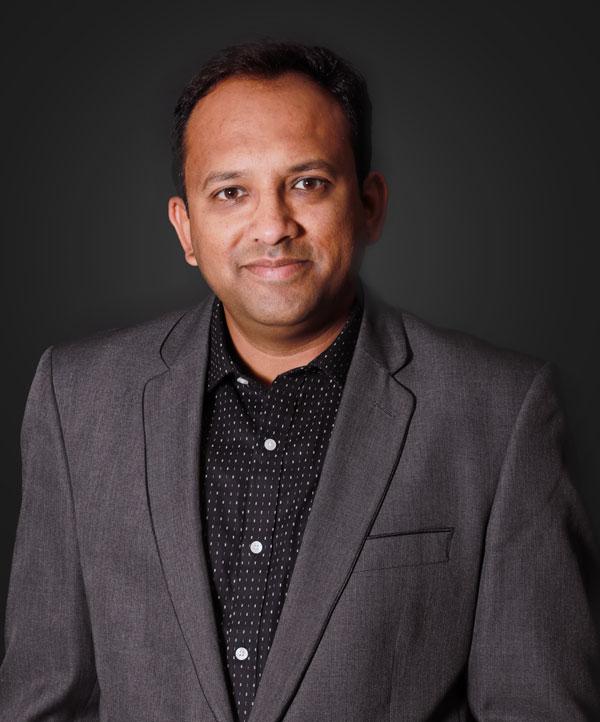 Dr.-Faisal-Zardi-Oral-Medicine-Radiologist