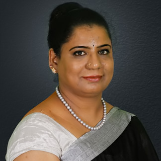 Dr.-Shailaja-Reddy-Chief-Implantologist